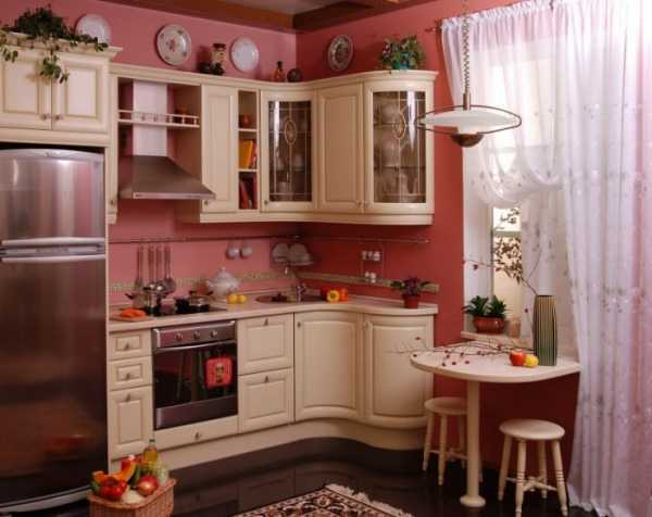 Бордовая кухня в интерьере фото